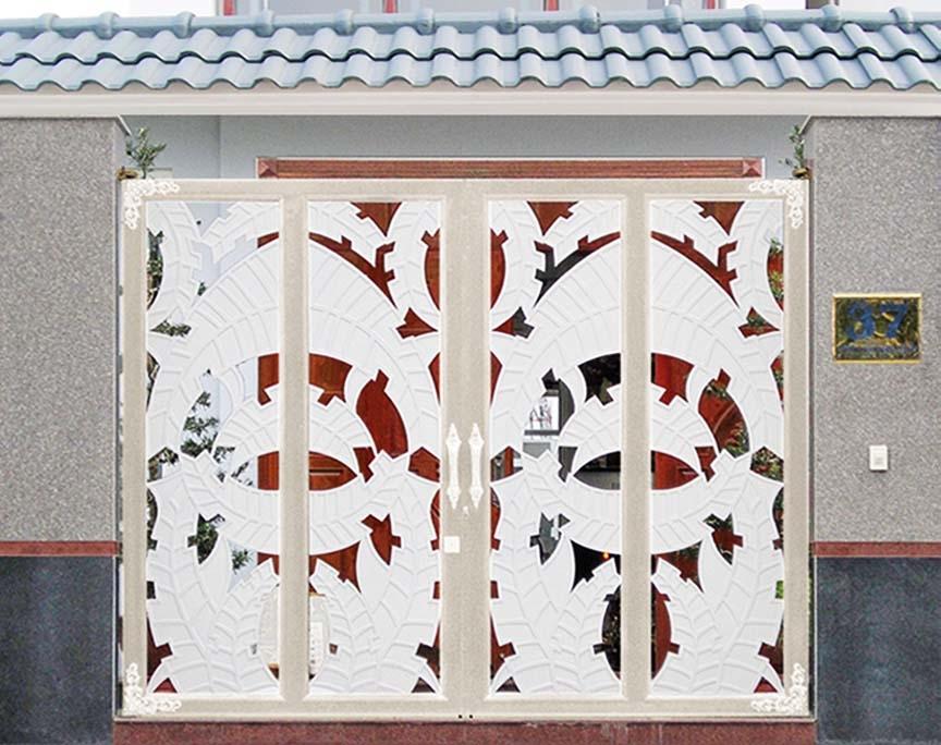 Cửa cổng hợp kim nhôm đúc ghép khung Inox C005